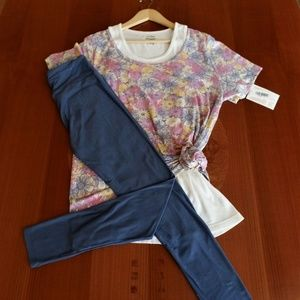 LULAROE OUTFIT! XL- CLASSIC-T TOP & OS- LEGGINGS